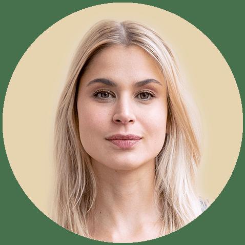 Kathrin lebt seit 2013 in Berlin. Hier hat sie über einige Umwege durch Europa, Amerika und Asien schließlich ihre Heimat gefunden. Sie unterrichtet unter anderem Yoga und Pilates und freut sich, wenn Du sie ein Stück auf ihrem Weg begleitest!