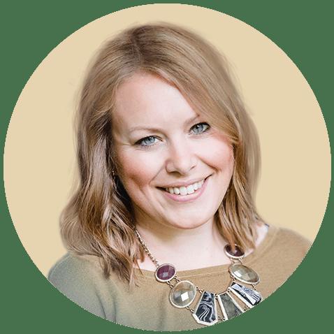 Linda Mittelwege ist eine Psychologin aus Leidenschaft. Sie unterstützt Menschen dabei in ihre angeborene Kraft zu kommen, Stress im Alltag und Krisensituationen zu bewältigen und die eigene Resilienz zu entdecken. Mit ihrer online Beratung hat sie sich den Traum erfüllt ortsunabhängig leben und arbeiten zu können.
