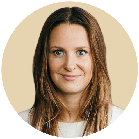 Steffi Thierheimer ist Life Coach & Stimmtrainerin mit Leidenschaft und Humor. Sie beschäftigt sich mit den Themen Achtsamkeit, Persönlichkeitsentwicklung, Stimme und Präsenz. Ihr Herzenswunsch ist es Menschen bei der Verwirklichung Ihrer Träume zu unterstützen. Sie möchte, dass du das zur Sprache bringst, was du im Leben erreichen möchtest und es so sagst, dass du gehört wirst.