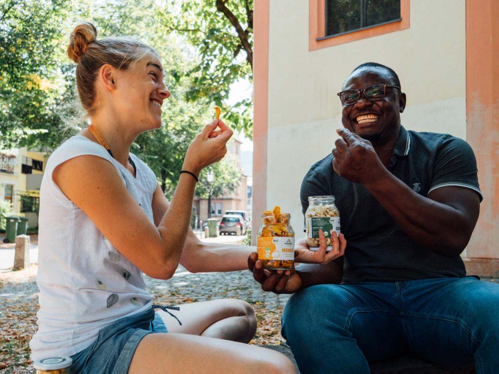Fairfood aus Freiburg, leckere Trockenfrüchte und Nüsse aus fairen, biologischem Anbau.