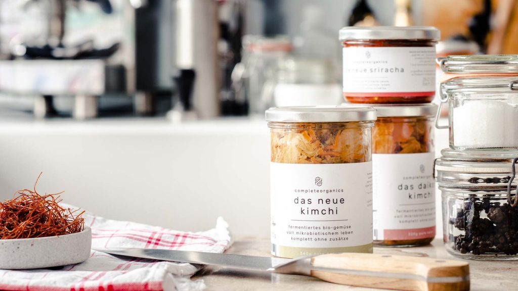 complete organics fervente wie kimchi oder sriracha.